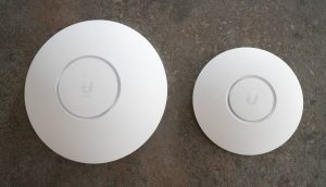 Comparison of the UniFi 6 LR with the NanoHD Access Point